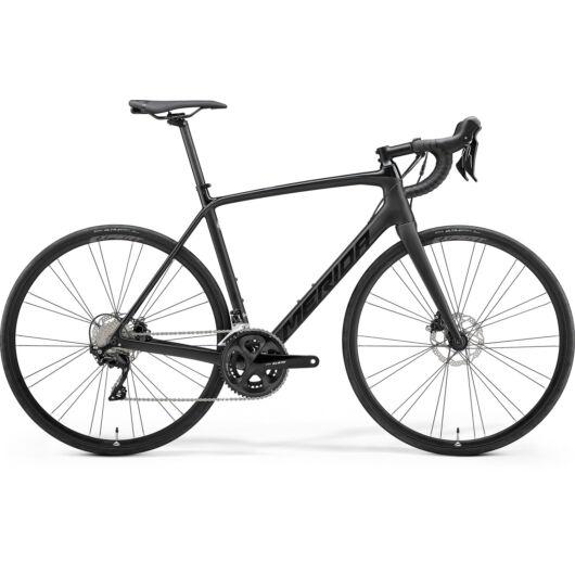 MERIDA kerékpár 2021 SCULTURA 4000 FÉNYES FEKETE/MATT FEKETE