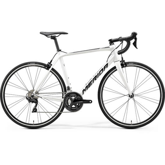 """17984-20 Merida SCULTURA 400 28"""" férfi országúti kerékpár 2020 fehér(fekete)"""